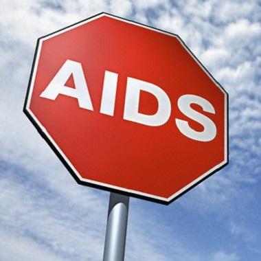 علائم بیماری ایدز