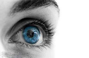 نشانه ی ترشح چشم چیست؟